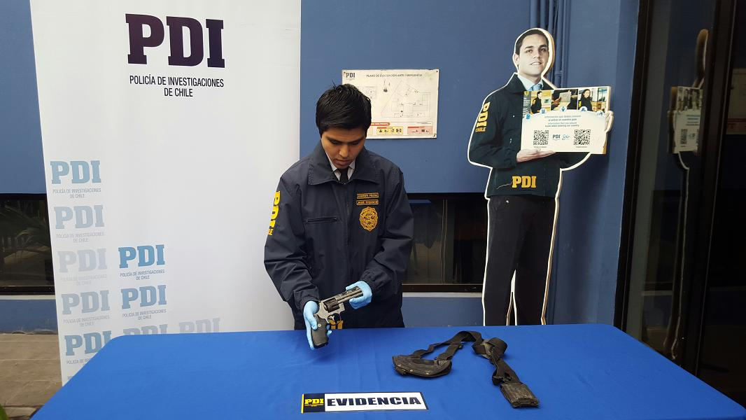 Photo of Caen los pistoleros del facebook, tras orden de la Fiscalia la PDI los detuvo