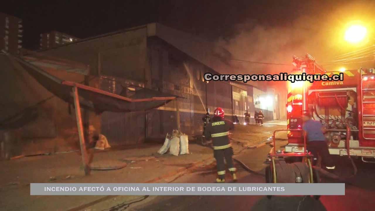 Photo of Incendio afectó a bodega de lubricantes Copec