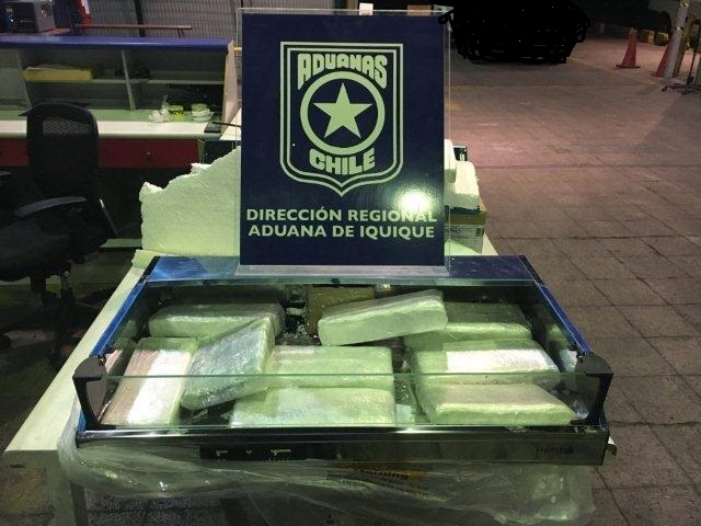 Photo of Aduanas detecta campana eléctrica de cocina rellena con marihuana