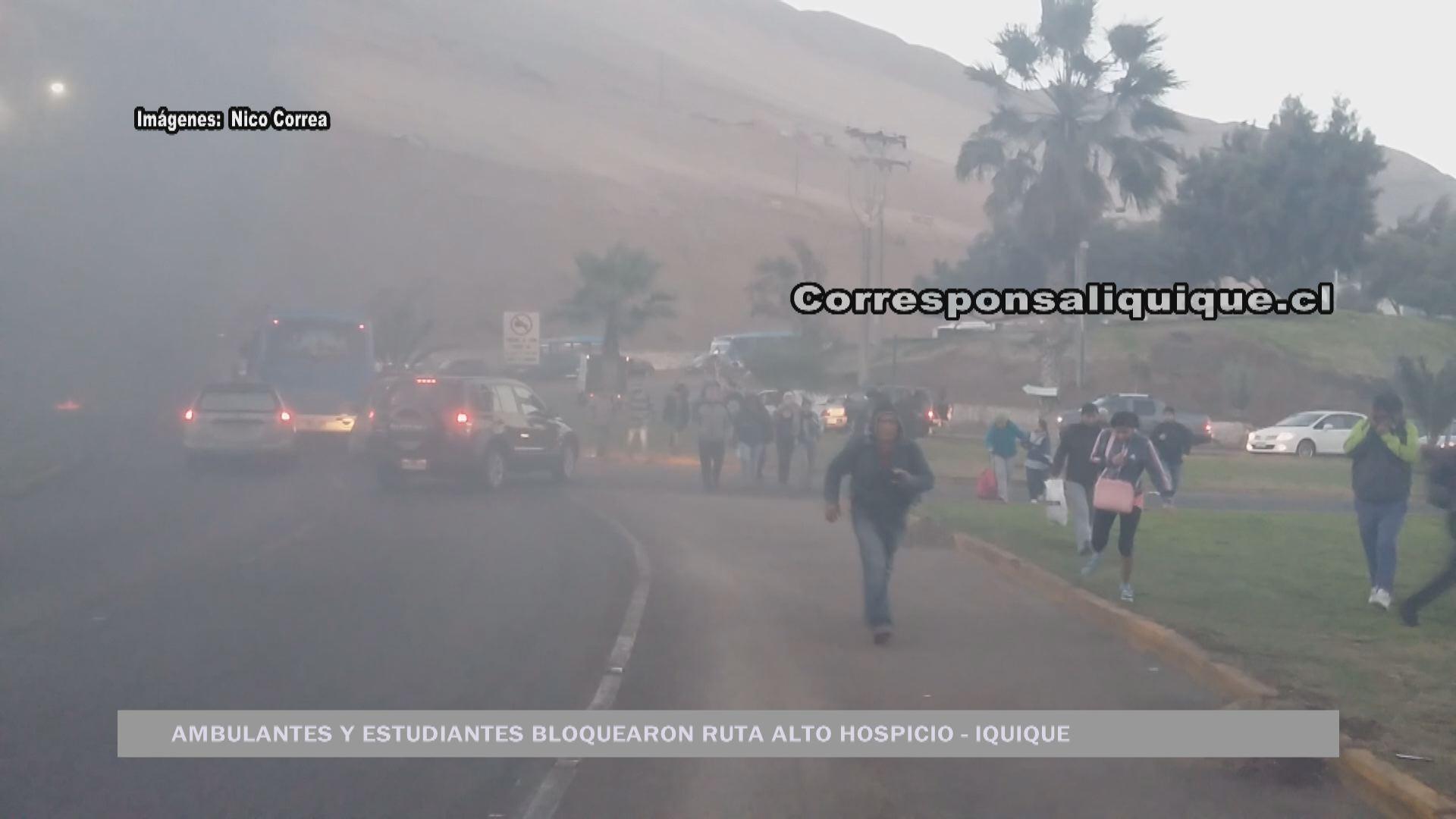 Photo of Comerciantes ambulantes y estudiantes bloquearon ruta Alto Hospicio – Iquique