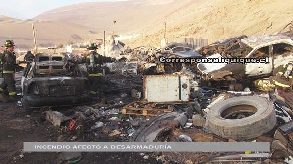 Photo of Incendio afectó a desarmaduría y a taller mecánico