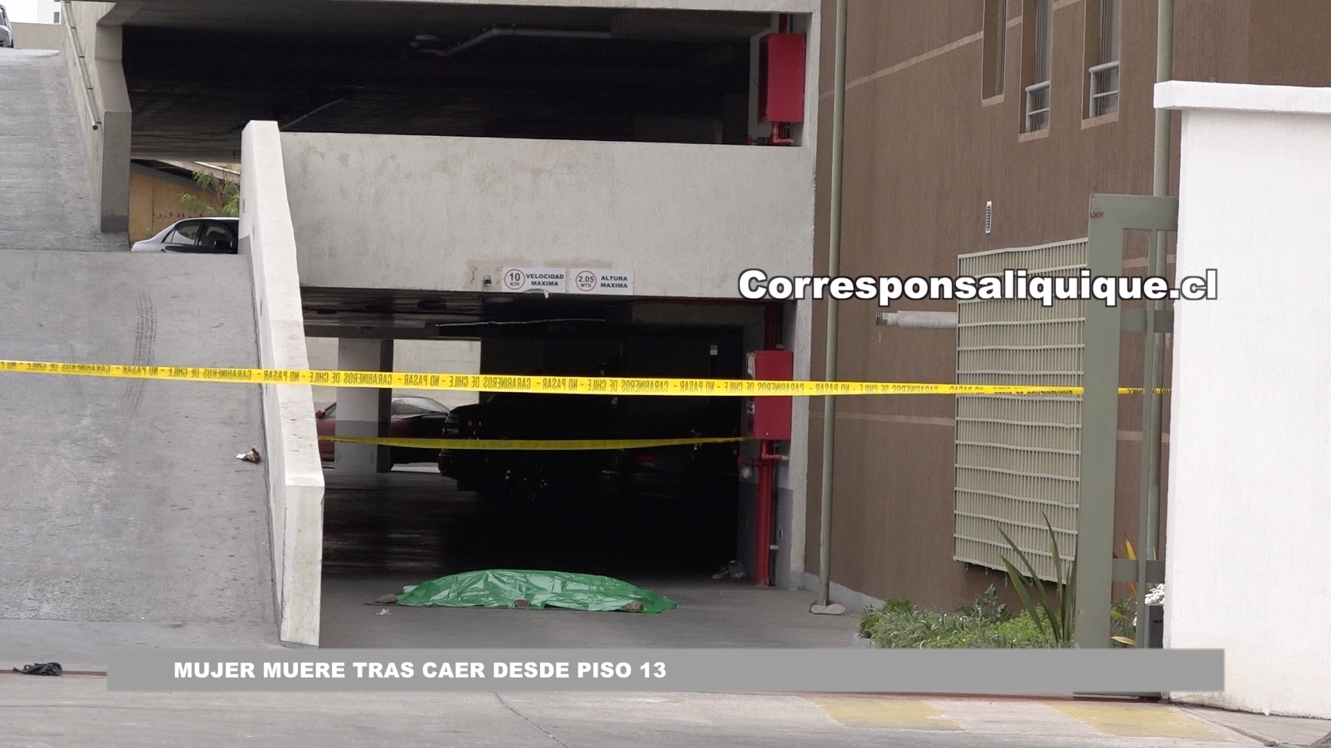 Photo of Mujer muere tras caer desde piso 13