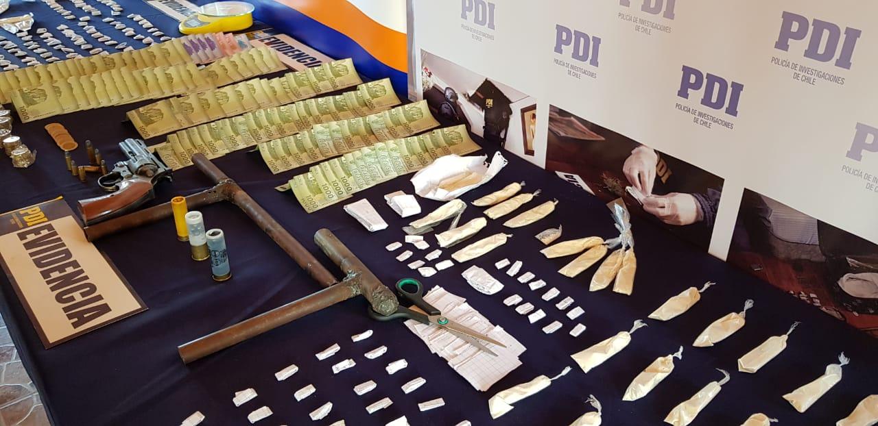Photo of PDI allana 13 domicilios y detiene a 14 personas por microtráfico
