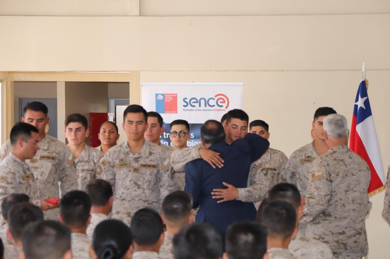 Photo of Sence certifica a 100 soldados conscriptos del Ejercito en Pozo Almonte
