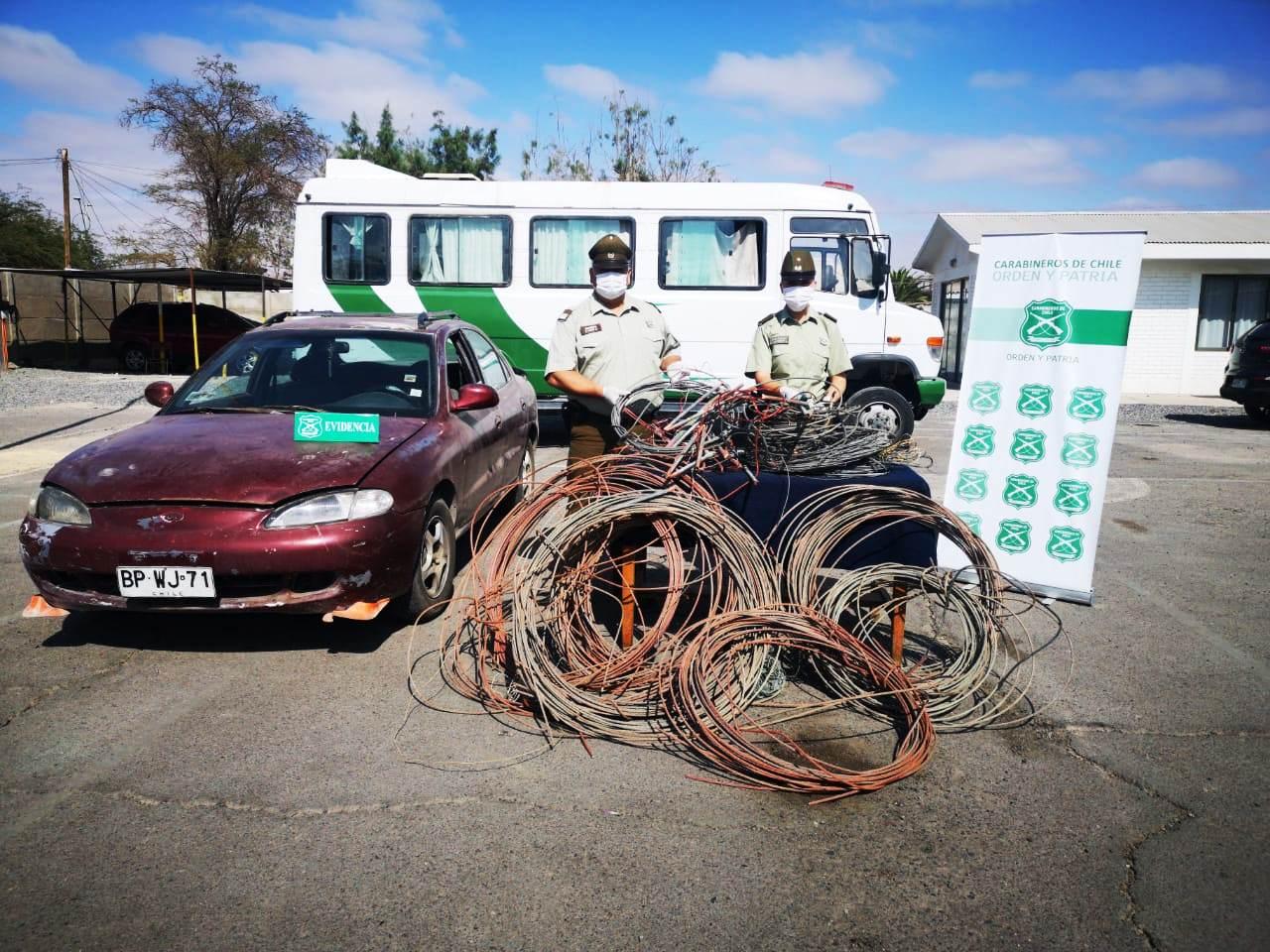 Photo of Detienen a sujetos que transportaban una gran cantidad de cables