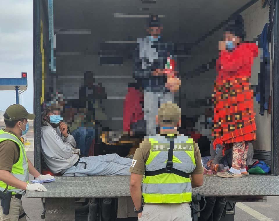 Photo of Camión trasladaba de manera irregular a 19 venezolanos